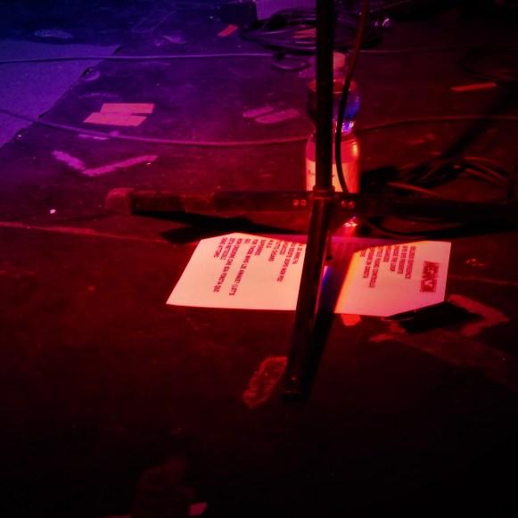 palco in attesa del live dei meganoidi