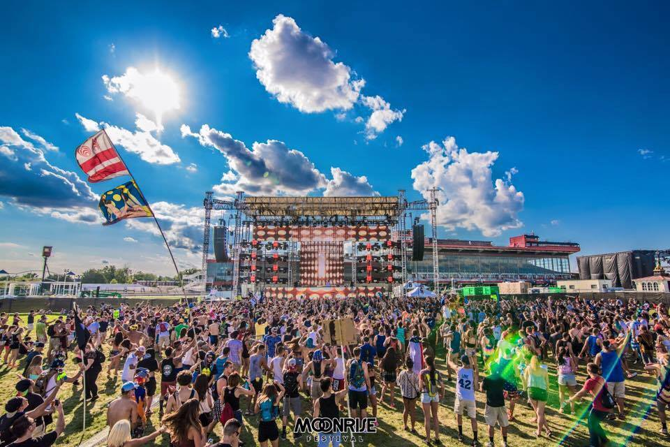 All Aboard The Rocket Ship to Moonrise