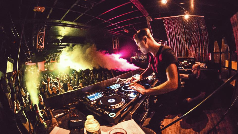 """Sam Feldt & Bakermat's """"From Amsterdam With Love"""" Tour is Off to a Smiley Start"""