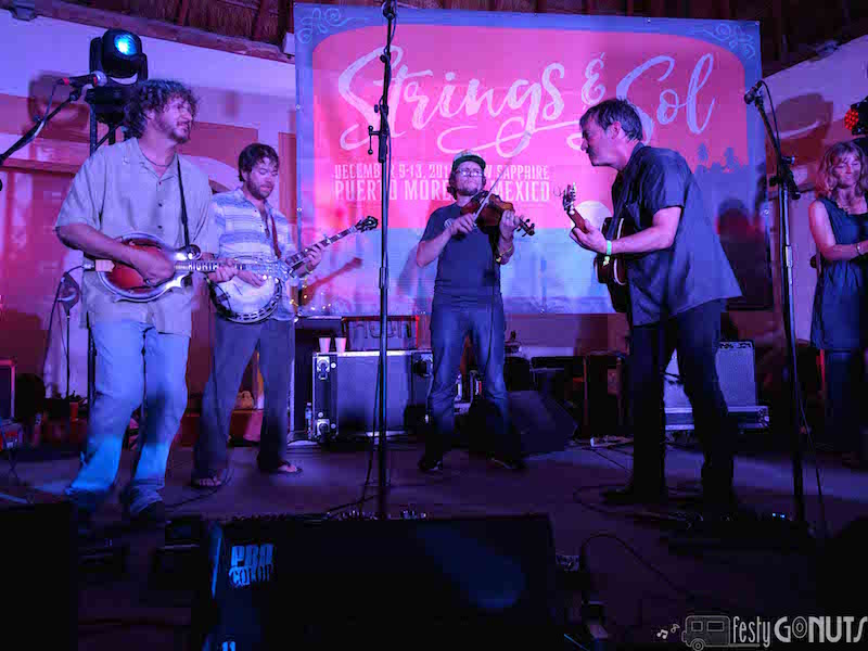 Strings_and_Sol_2016: Larry Keel Late Night Set