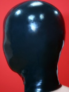 プルオンタイプの全頭マスクの例