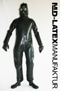 REAL HEAVY RUBBER SUIT 4mm 1