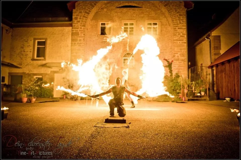 Feuershow & Lichtshow für Hochzeit und Firmenevent, Heidelberg
