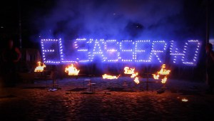 Weihnachtsfeier-Feuershow-Pyroshow-Pyrotechnik-Künstler Heidelberg-Show-Firmenfeier-Firmenevent