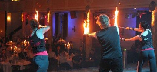 Galashow mit Feuer