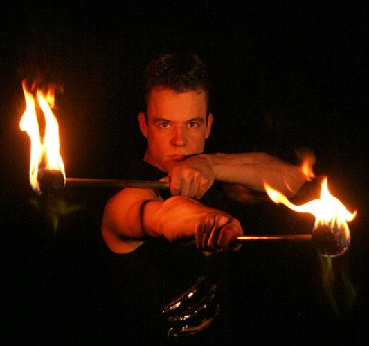 Feuershow Tobi Team SAM&more