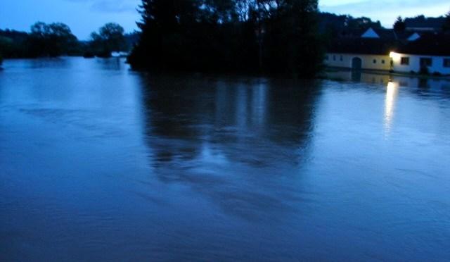 03.08.2009, Hochwasser im FF-Haus (Fotogalerie)