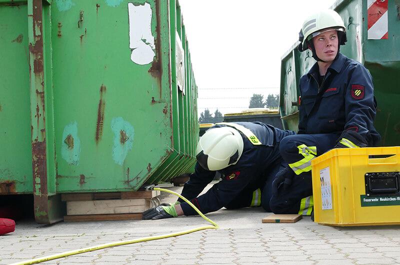 tm18_fwdv3_hebekissen_unterbau_container