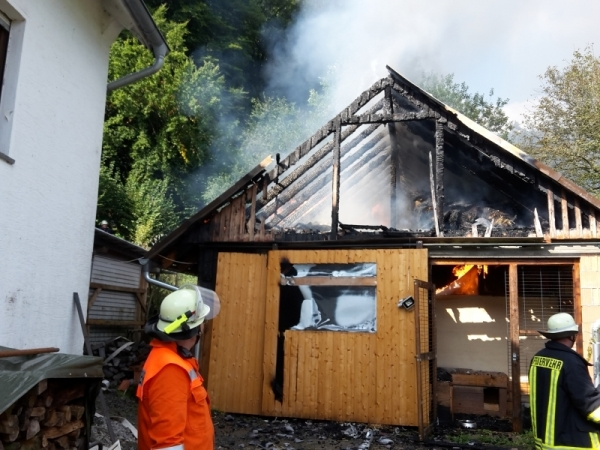 Brand in Nebengebäude
