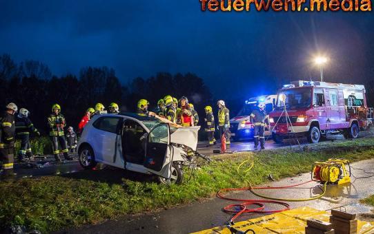 Zwei Tote und eine schwer Verletzte nach Unfall auf der B3