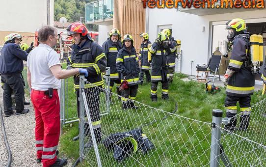 Rauchmelder alarmiert Nachbarn - Feuerwehr verhindert hohen Sachschaden
