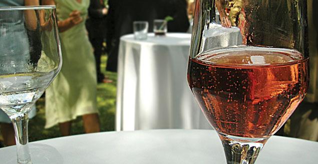 Champagne framboise, recette de cocktail champagne framboise - feuille de choux
