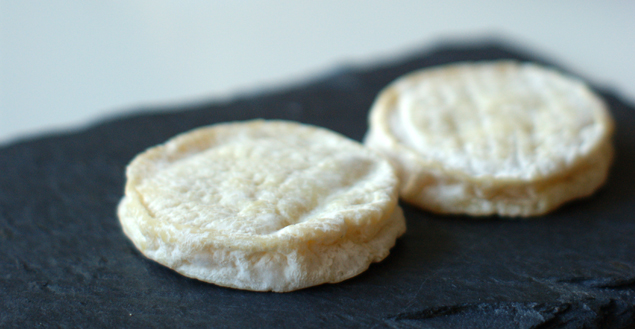 rocamadour-fromage-tartine-feuille-de-choux