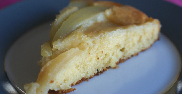 Gâteau renversé aux poires, comme une tarte tatin! Feuille de choux