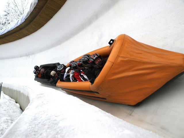 Icerafting und Gästebobfahrten in Oberhof (Tourismus GmbH Oberhof)
