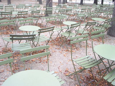 chairsparis.JPG