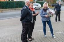 Ein Blumenstraß für Elisabeth Lukaschack als Dank
