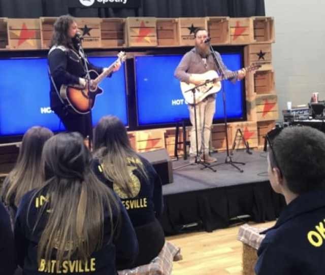 Former Ffa Member Dillon Carmichael Takes The Spotify Stage At National Ffa Expo