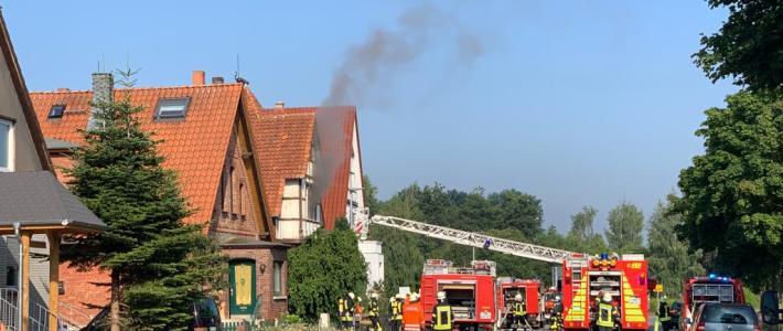 Einsatz: Schwerverletzte bei Wohnungsbrand in Eimbeckhausen