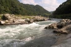 Regarder l'eau couler dans un paysage inaltéré par la mains humaine, c'est relaxant.