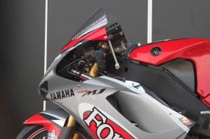 Close-up sur le Yamaha M-1