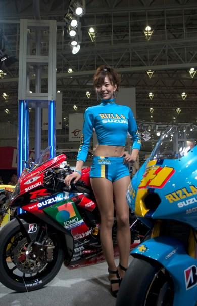 Suzuki côté racing et Race Queen
