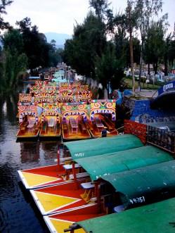 """Xochimilco est constituée de jardins flottants aztèques (""""chinampas"""")"""