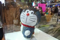 Doraemon en jeans chez Toyota