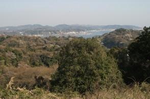 Vue sur la mer et Hayama au loin.