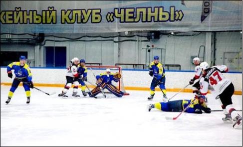 ХК Тамбов в первой игре уступил Челнам - Новости