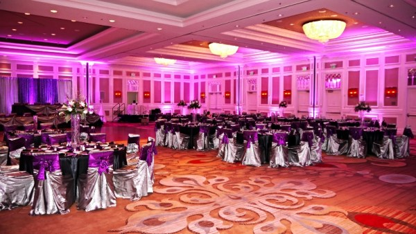 Purple Wedding Up lights in Houston at the Sugarland Marriott by Elegante