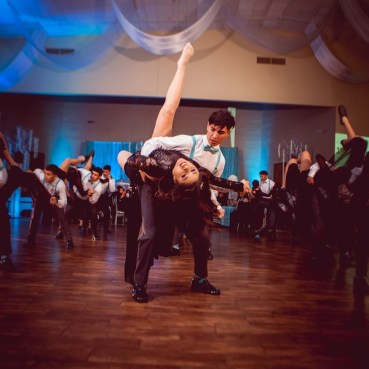 The Quinceanera Surprise Dance - Awesome Moves