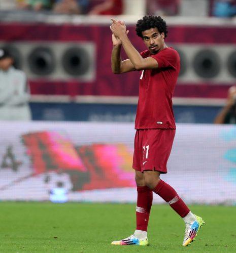 صور اكرم عفيف افضل لاعب في آسيا 2019 فهرس