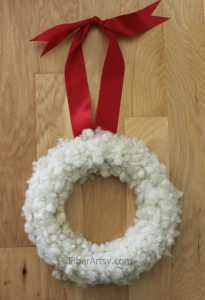 Make Your Own Christmas Wreath with Wool