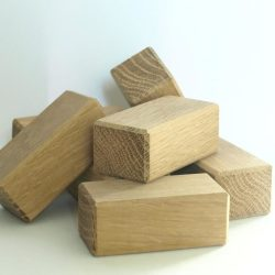 slefuirea cuburilor din stejar pe muchii si fete, pentru a spori siguranta in timpul jocului