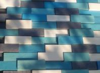 am combinat bait albastru si negru cu alb pentru a obtine diverse nuante in care se coloram scandurelel de fag