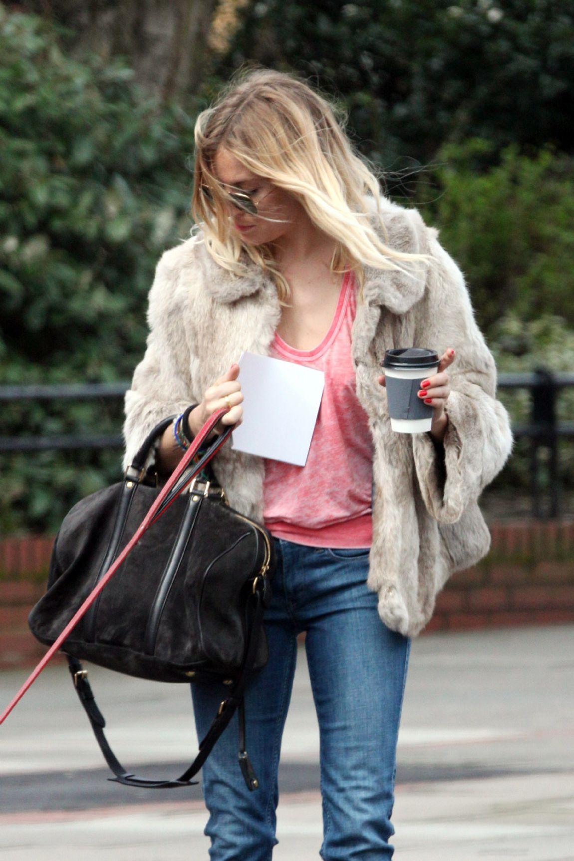 536d75c7a480 ... bag By Sofia Coppola for Louis Vuitton. 3 Comments · rs129105521100579. Sienna  Miller ...