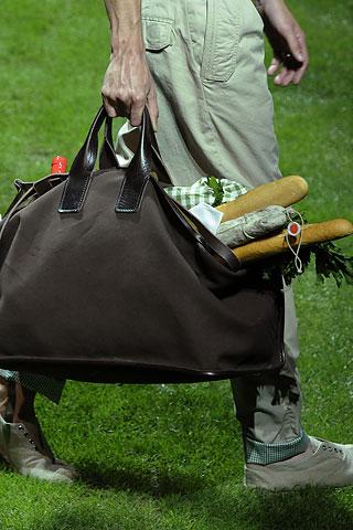 bagcraze_DGmen_spring2011_1