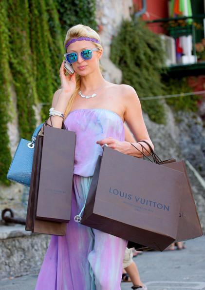 Paris+Nicky+shop+til+drop+k_UOcldQBIml