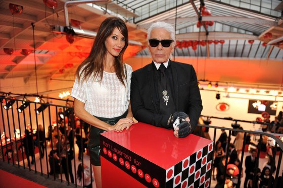 Mareva Galanter et Karl Lagerfeld- credit photo Jean Picon. [1600x1200]