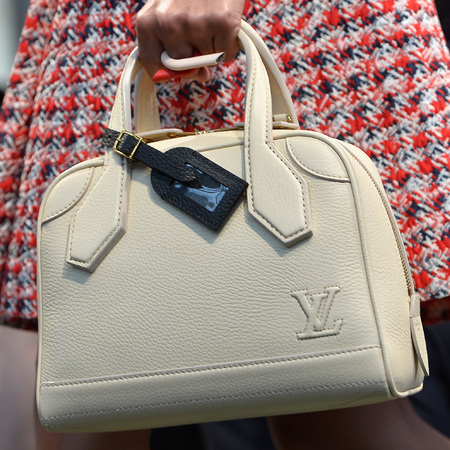 louis-vuitton-cruise-2014-collection-runway-show-handbags-white-handbag