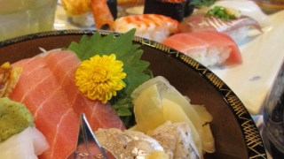 Tomoko Yamazaki, Yamashichi (Sushi Restaurant)