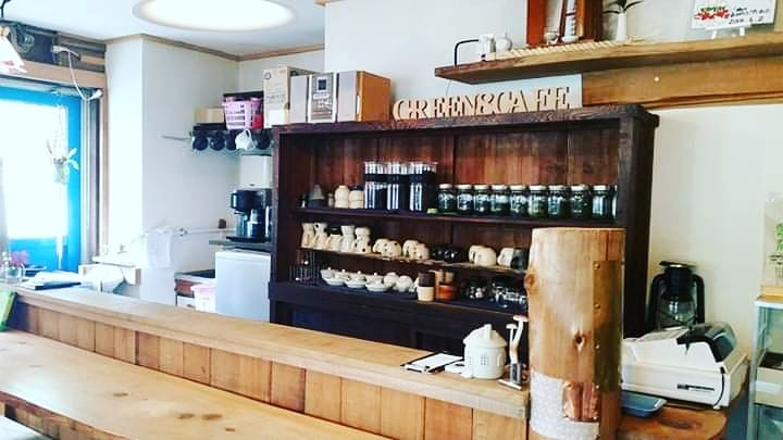 Eight tea farmers in Ryogouchi jointly established Green Eight -Green ∞ Cafe-