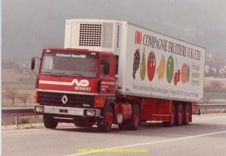 Renault R340 Norbert Dentressangle pour la Compagnie Fruitière