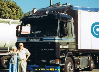 Mes parents devant mon Scania 143.470 V8 à Metz 57.