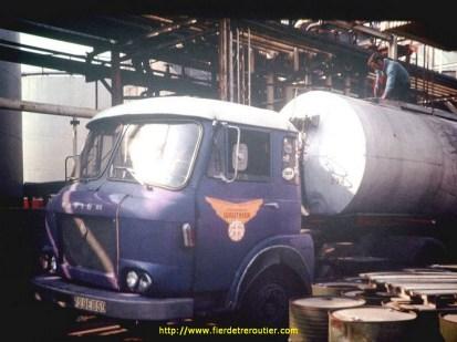 Saviem JM 240 immatriculé en 1969