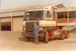 Astro 51 devant un GMC en attente de la livraison chez son client.