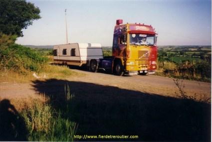 La 2eme fonction de la Gitane: tirer la caravane du chef pour les vacances