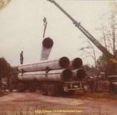 Chargement de tuyaux de pipeline en cote d'Or.