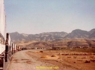 la queue avant la douane de Zakho (turquie-Irak)